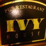 パブレストラン「IVY HOUSE」