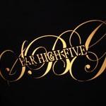 BAR「HIGH FIVE」でカカオ風味の協奏モーツァルト・リキュール