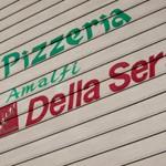Pizzeria「Amalfi DELLA SERA」で しらすのピッツァは七里ガ浜