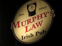 Irish Pub「MURPHY'S LAW」で仄紅いIRISH ROSEとJAMESON豊かな賑い